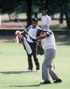1984年。トレビノが2度目の全米プロで優勝した、2ヶ月後にバッグを任された。体験キャデイは、物書きの私にとって、とてつもない勉強になった